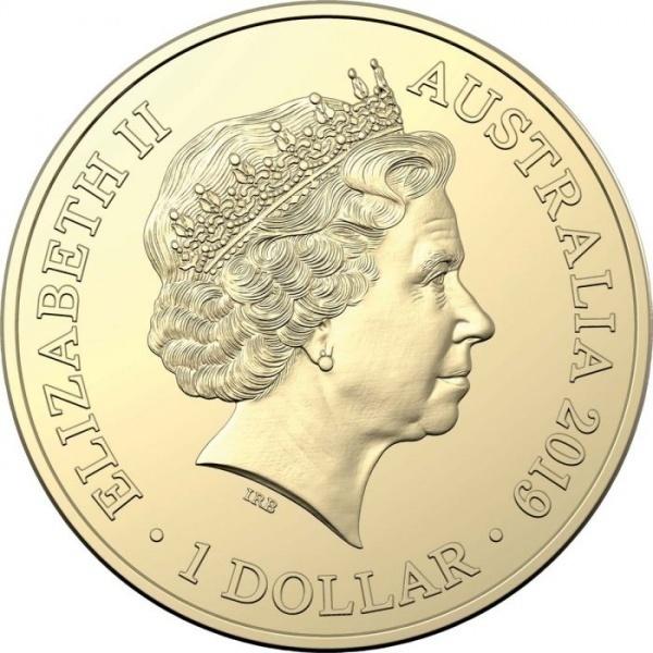 Фото Монеты в честь чемпи